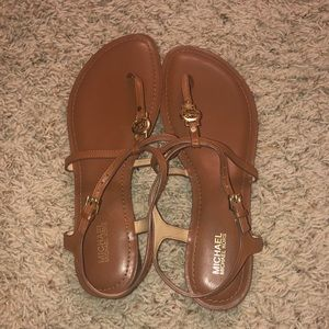 NWOT Brown Michael strap sandals